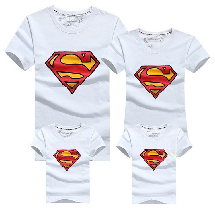 Conjunto Super Family de 4 Camisetas a Juego