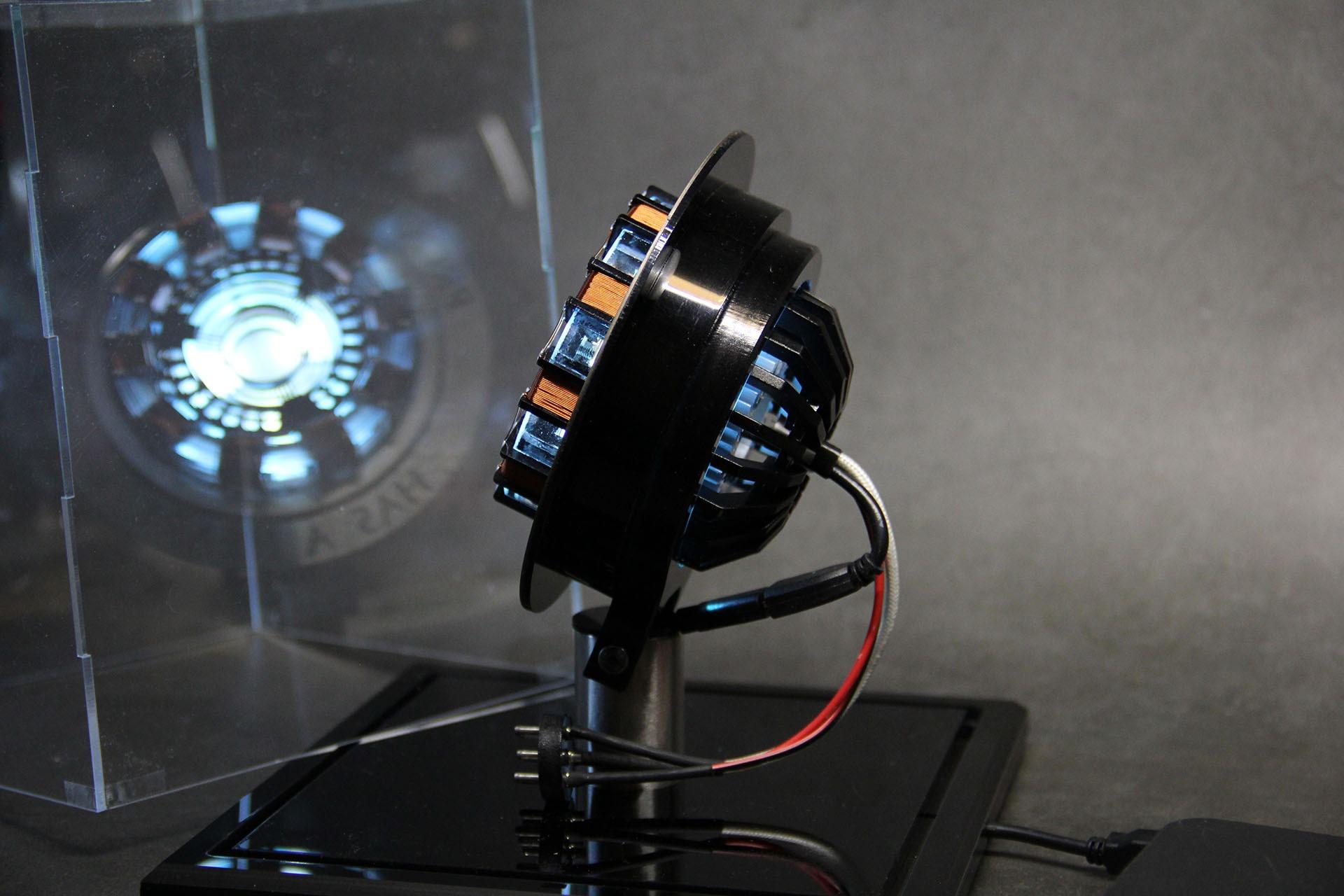 Reactor de Arco Tony Stark con luz LED 2020 5